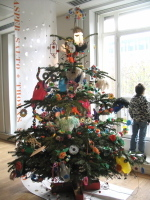 Recycled_xmas_deco_tree